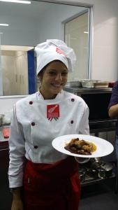 A vencerdora do 1º MasterChef  Brasil e o sua preparação para os jornalistas de Campinas